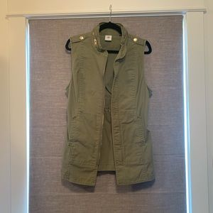 Cabi size small utility vest like new